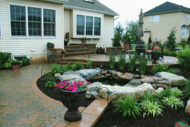 backyard patio landscaping